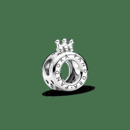 Charm Corona O con logotipo Pandora