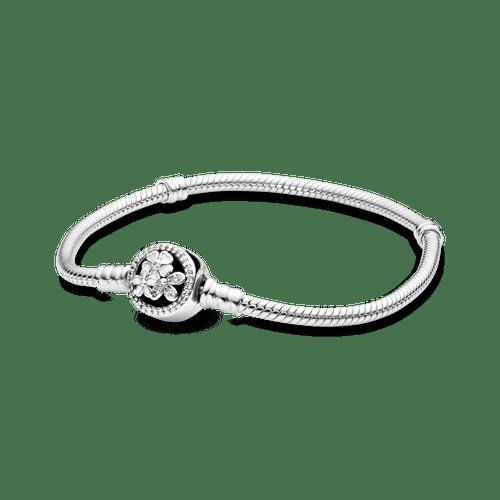 Brazalete Pandora Moments Con Broche detalle De Flor