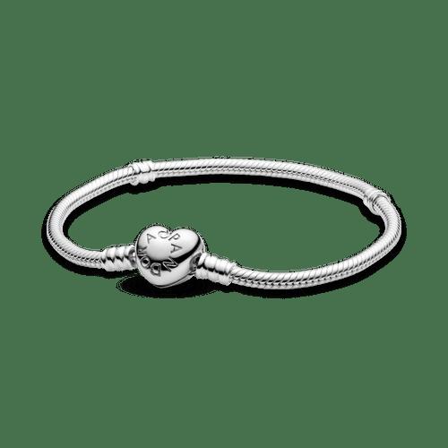Brazalete Pandora Moments cadena de serpiente con broche de corazón